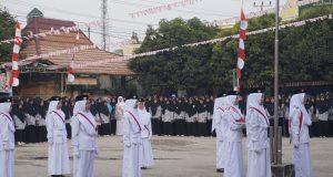 Meriahnya HUT RI-72 di Al Ittifaqiah