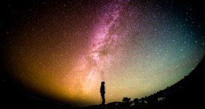Menggapai Bintang Karya : Lutfi Angraini